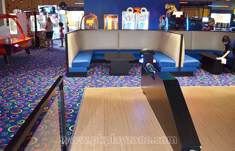 Celebrate Birthday Parties by Playing Indoor Mini Bowling